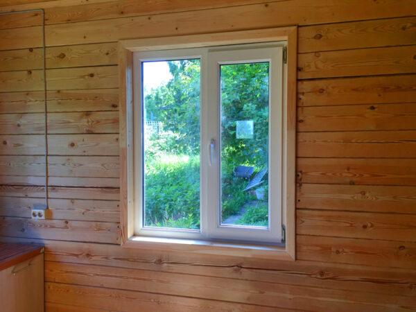 Двустворчатое окно для дачи